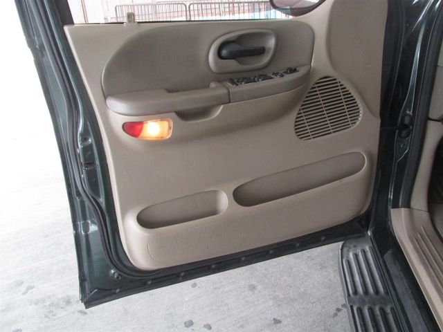 2002 Ford F-150 XLT Gardena, California 7