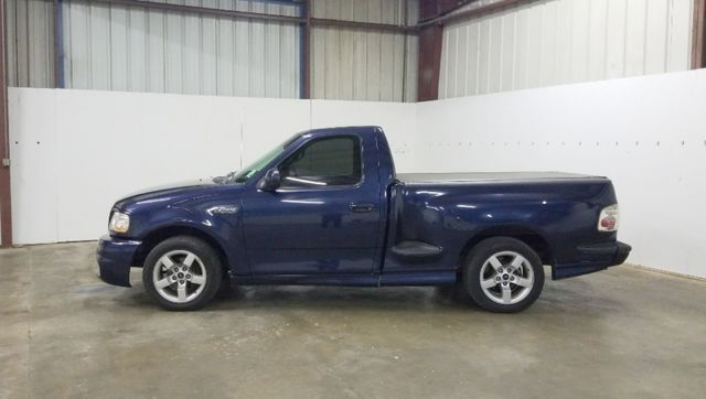 2002 Ford F-150 Lightning in Haughton, LA 71037