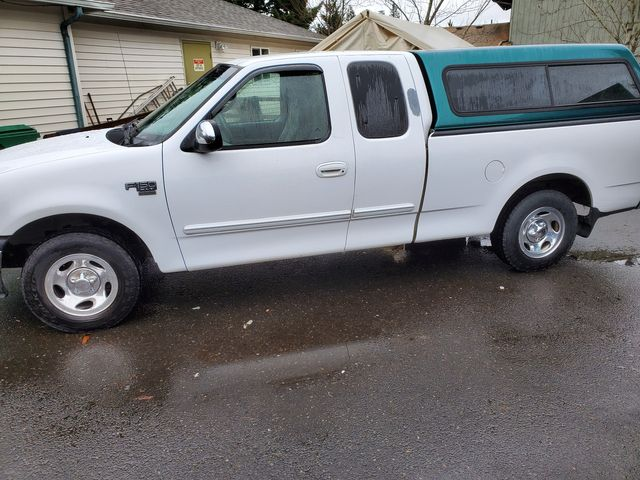 2002 Ford F-150 XL in Portland, OR 97230