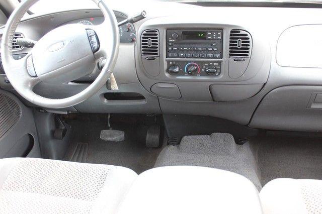 2002 Ford F-150 Lariat St. Louis, Missouri 10