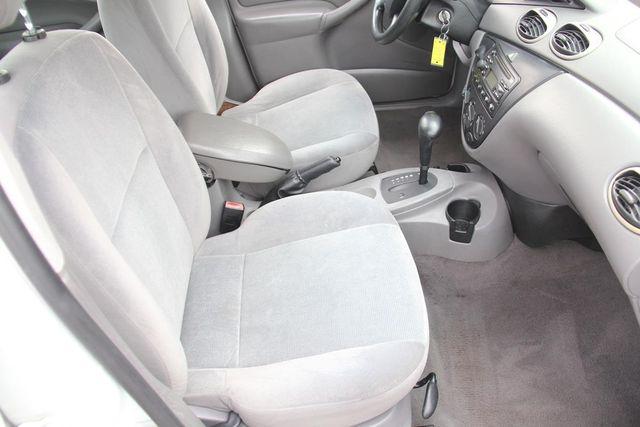 2002 Ford Focus ZTW Santa Clarita, CA 16