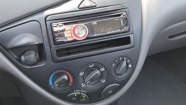 2002 Ford Focus SE Comfort Santa Clarita, CA 18