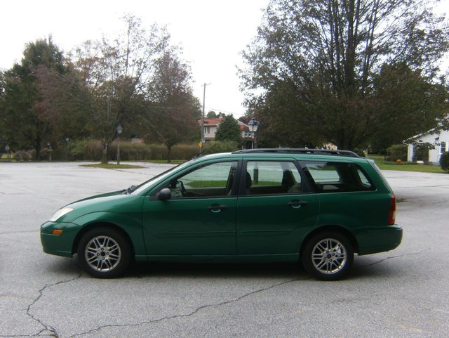 2002 Ford Focus SE Wagon West Chester, PA 4