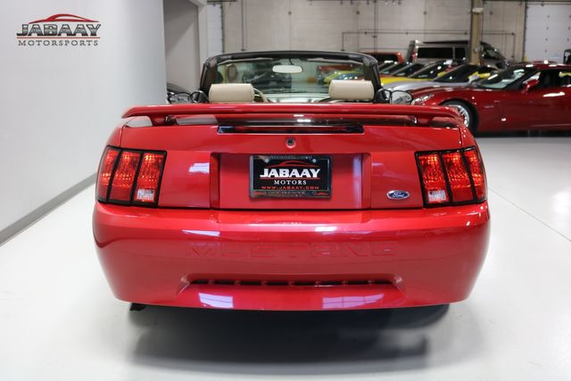 2002 Ford Mustang Premium Merrillville, Indiana 3