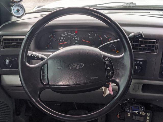 2002 Ford Super Duty F-350 DRW XLT in Pleasanton, TX 78064