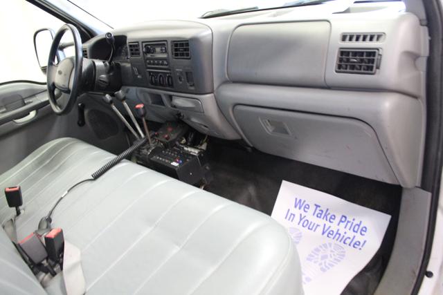 2002 Ford Super Duty F-450 Dump XL in Roscoe IL, 61073