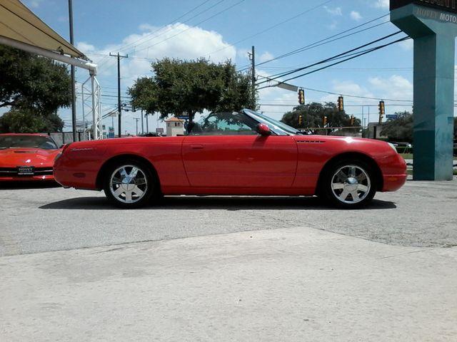 2002 Ford Thunderbird w/Hardtop Premium Boerne, Texas 5