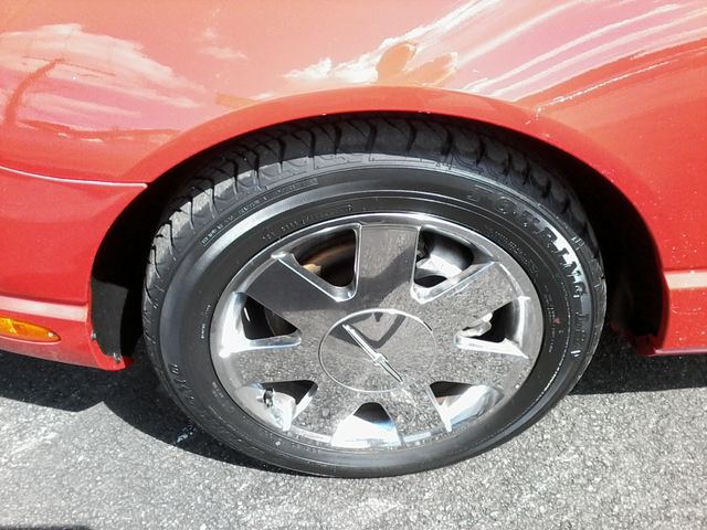 2002 Ford Thunderbird w/Hardtop Premium Boerne, Texas 18