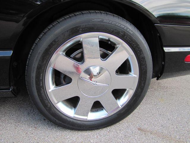 2002 Ford Thunderbird w/Hardtop Premium St. Louis, Missouri 18