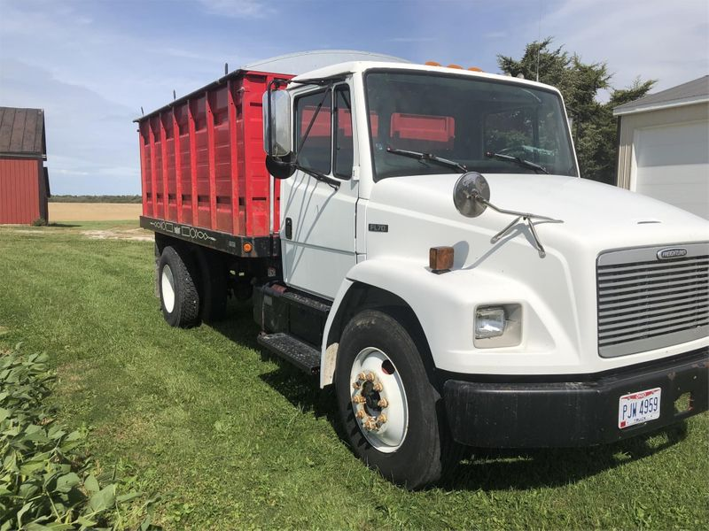 2002 Freightliner    in , Ohio