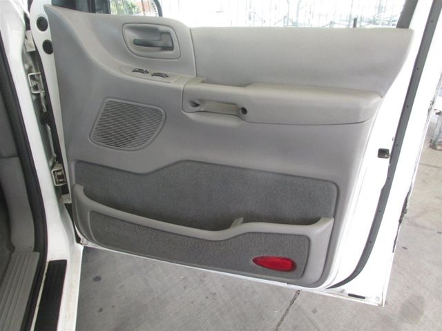 2002 Ford Windstar Wagon SE w/210A Gardena, California 12