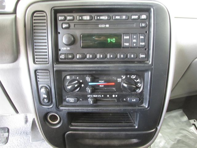 2002 Ford Windstar Wagon SE w/210A Gardena, California 6