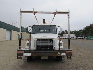 2002 Freightliner FL 80   Glendive MT  Glendive Sales Corp  in Glendive, MT