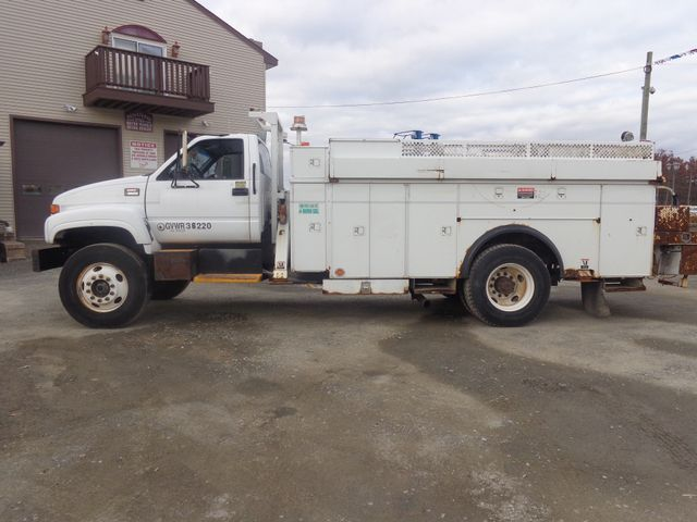 2002 GMC 8500 Hoosick Falls, New York