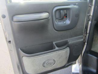 2002 GMC Savana Passenger Batesville, Mississippi 18