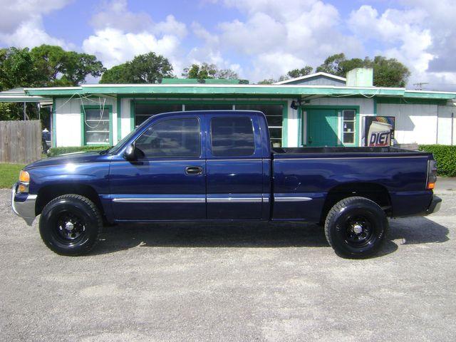 2002 GMC Sierra 1500 4x4 EXT CAB in Fort Pierce, FL 34982