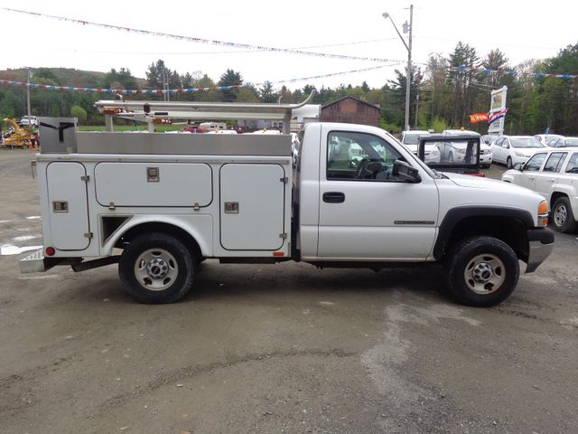 2002 GMC Sierra 2500 Hoosick Falls, New York 2