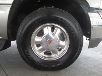 2002 GMC Yukon XL SLT Gardena, California 13