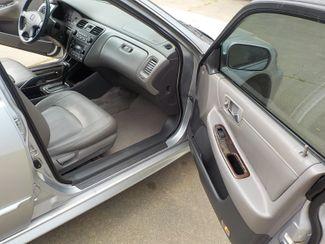 2002 Honda Accord EX w/Leather Fayetteville , Arkansas 13