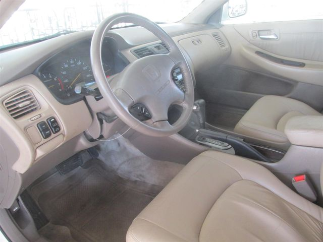 2002 Honda Accord EX w/Leather Gardena, California 4