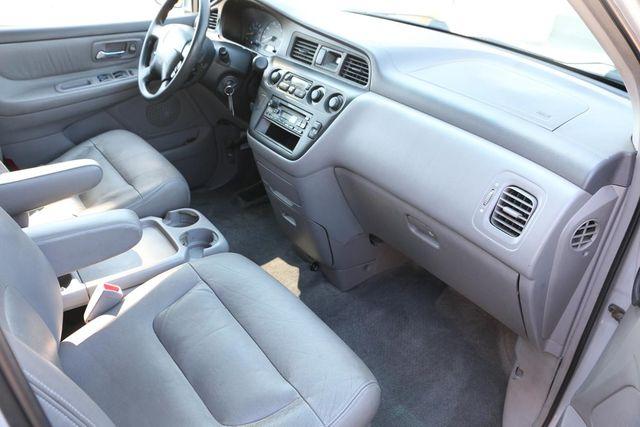 2002 Honda Odyssey EX-L w/Leather Santa Clarita, CA 9