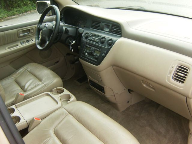 2002 Honda Odyssey EX-L w/DVD/Leather West Chester, PA 6