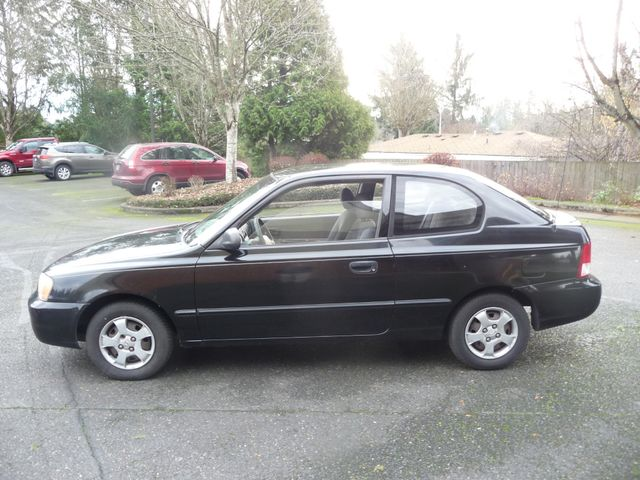 2002 Hyundai Accent L in Portland, OR 97230