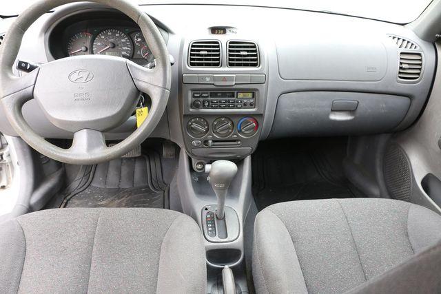 2002 Hyundai Accent GL Santa Clarita, CA 7