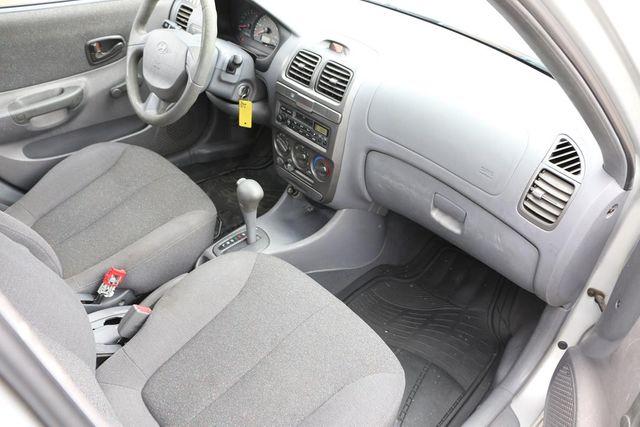 2002 Hyundai Accent GL Santa Clarita, CA 9