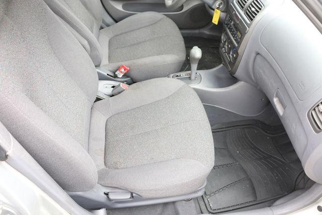 2002 Hyundai Accent GL Santa Clarita, CA 14