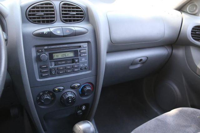 2002 Hyundai Santa Fe GLS Santa Clarita, CA 18
