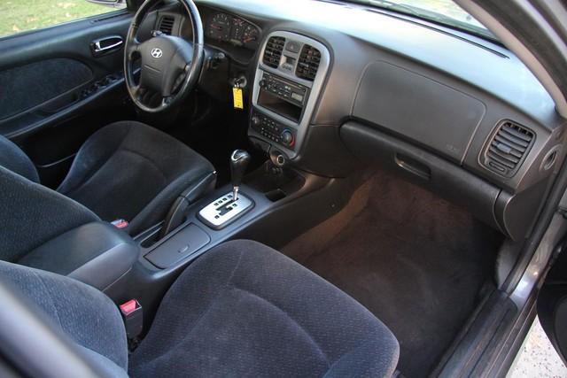 2002 Hyundai Sonata Santa Clarita, CA 8