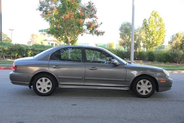 2002 Hyundai Sonata Santa Clarita, CA 11