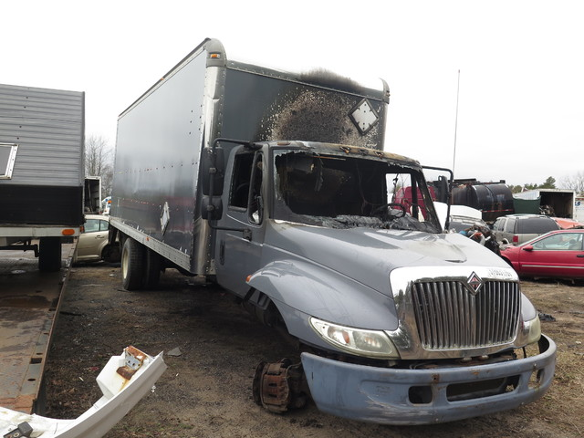 2002 International 4300 in Ravenna, MI 49451