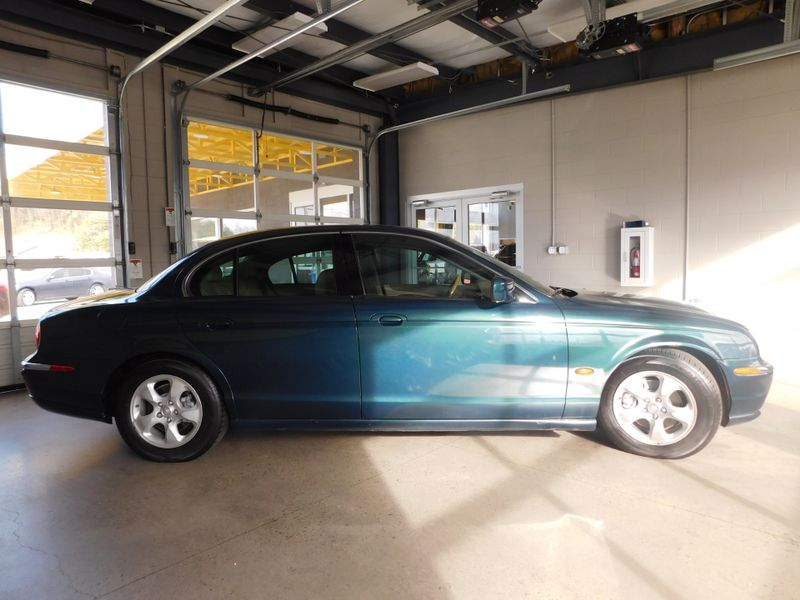 2002 Jaguar S-TYPE   city TN  Doug Justus Auto Center Inc  in Airport Motor Mile ( Metro Knoxville ), TN
