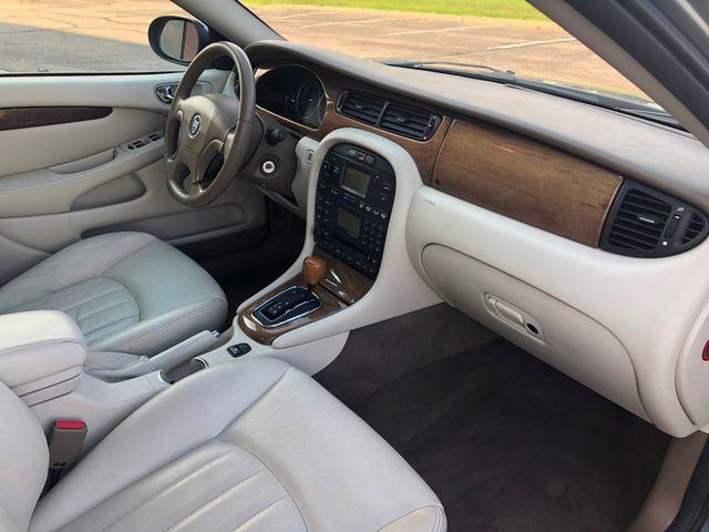 2002 Jaguar X-TYPE Maple Grove, Minnesota 9