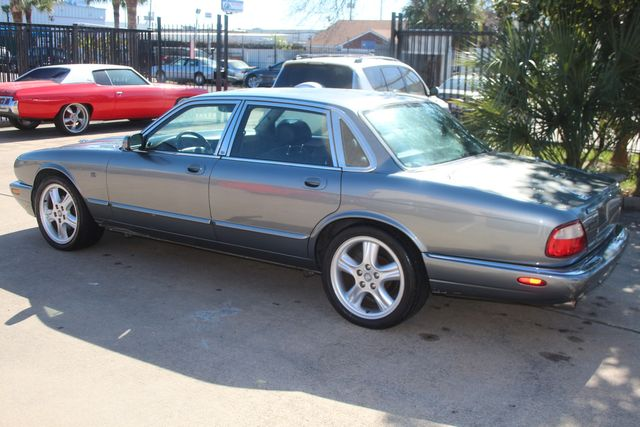 2002 Jaguar XJ Sport Houston, Texas 16