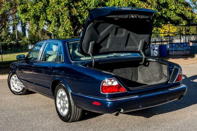 2002 Jaguar XJ XJ8 Reseda, CA 11