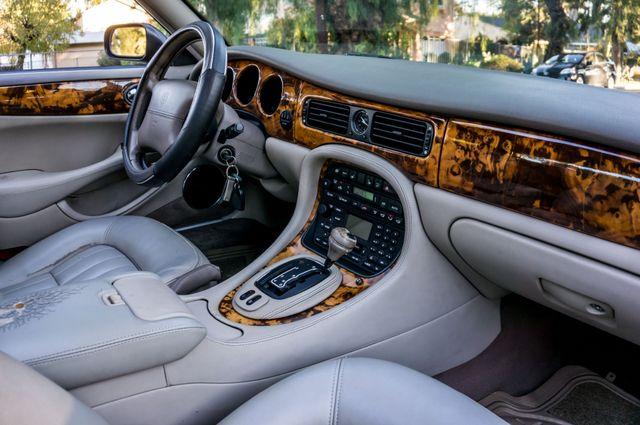 2002 Jaguar XJ XJ8 Reseda, CA 34