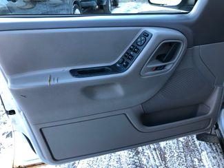 2002 Jeep Grand Cherokee 4x4 Laredo Osseo, Minnesota 12