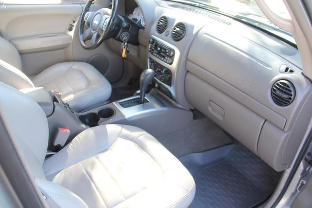 2002 Jeep Liberty Limited Santa Clarita, CA 9
