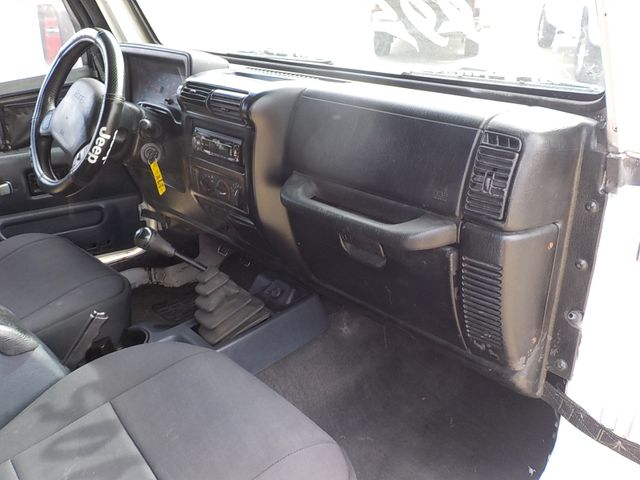 2002 Jeep Wrangler X Fayetteville , Arkansas 13