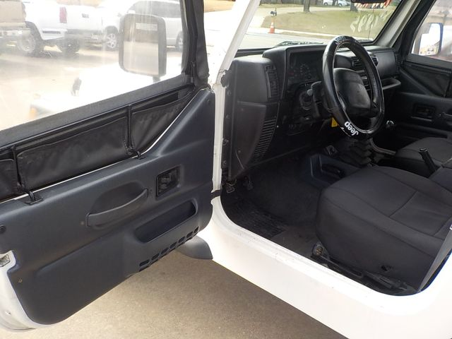 2002 Jeep Wrangler X Fayetteville , Arkansas 6