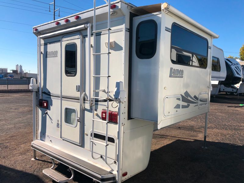 2002 Lance 1061   in Phoenix, AZ