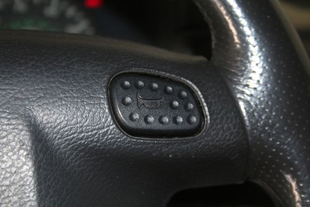 2002 Land Rover Discovery Series II SD Houston, Texas 39