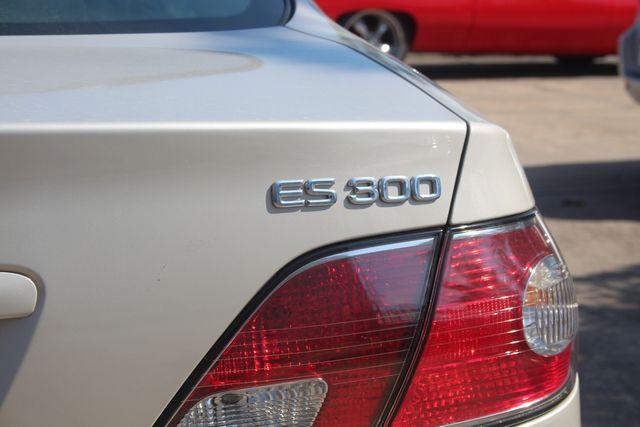 2002 Lexus ES 300 Houston, Texas 14