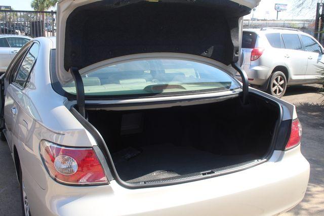 2002 Lexus ES 300 Houston, Texas 16