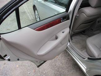 2002 Lexus ES 300 BASE Jamaica, New York 10