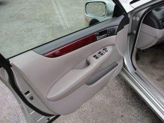 2002 Lexus ES 300 BASE Jamaica, New York 12
