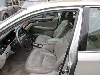 2002 Lexus ES 300 BASE Jamaica, New York 13